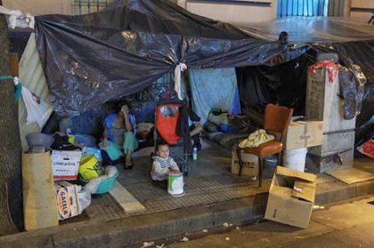 Denuncian que en la Ciudad hay más de 16 mil personas en situación de calle