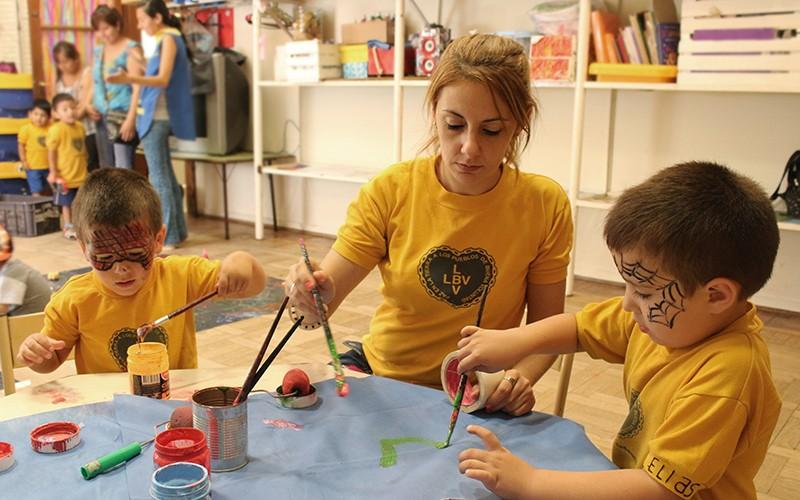 Buscan regular y multiplicar los Centros de Primera Infancia