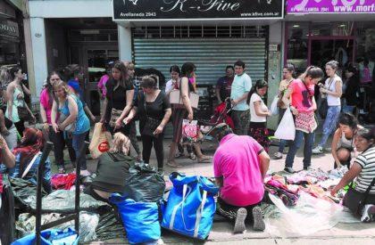 Denuncian talleres textiles clandestinos en Floresta