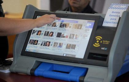 A un mes de las elecciones porteñas, piden herramientas para practicar el voto digital
