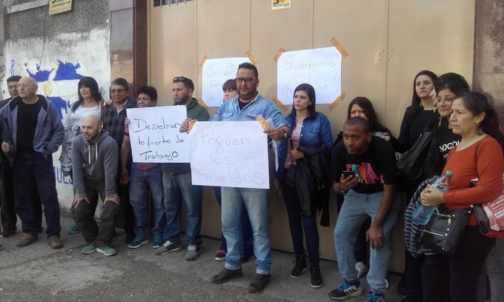 """Trabajadores de FanGraf: """"El barrio está solidarizado con nosotros"""""""