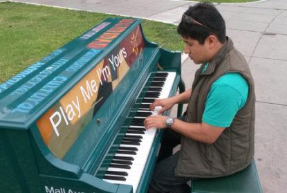 Proponen instalar pianos en plazas públicas