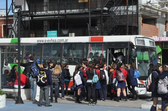 Presentan un Proyecto de Ley para la implementación del Boleto Estudiantil