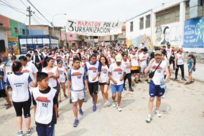 Habitantes de las villas porteñas realizaron una maratón exigiendo mejoras