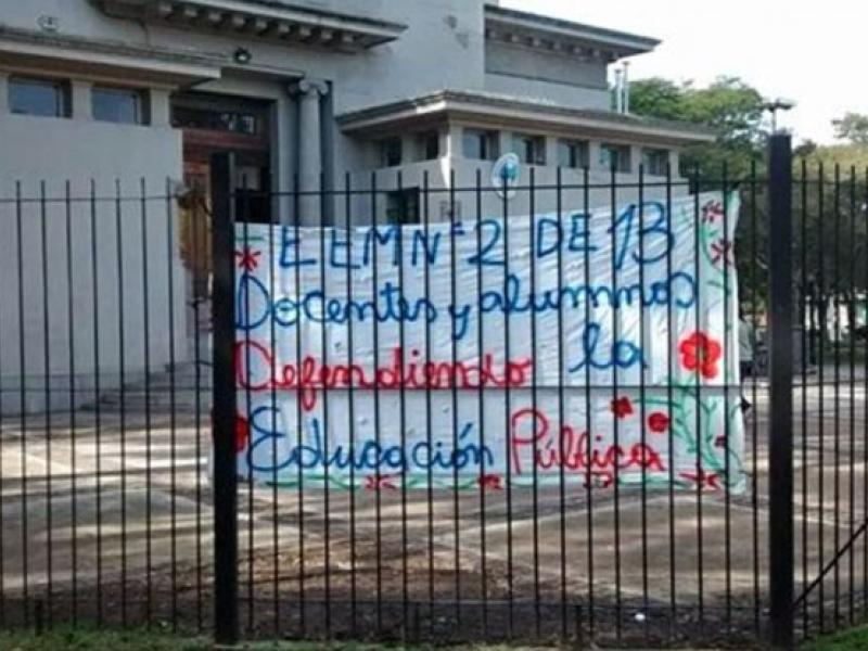 La escuela Ernesto Che Guevara de Parque Avellaneda exige soluciones