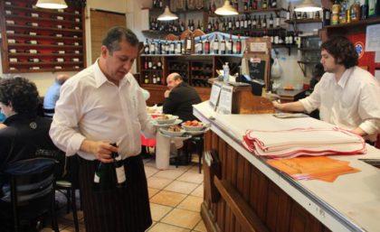Ponen en remate los bienes del restaurante Los Canchitos contra la voluntad de los trabajadores