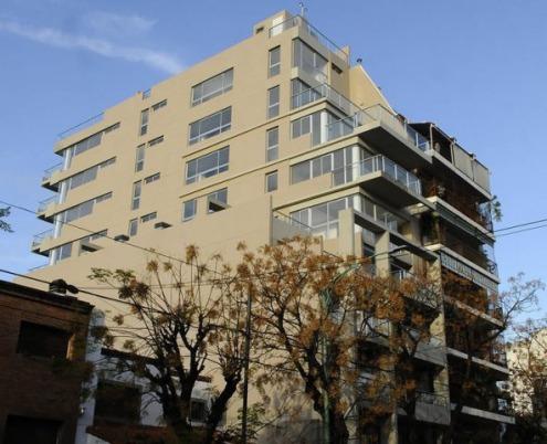 Un edificio violó el Código de Planeamiento y tendrían que demolerle cinco pisos
