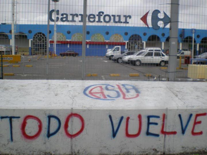 Carrefour dilata la decisión y San Lorenzo amenaza con la expropiación
