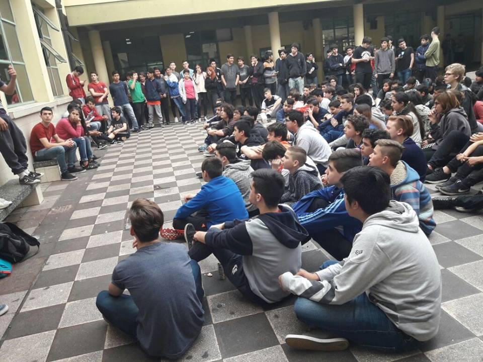 """Estudiantes de la Técnica 35: """"Con esta reforma, nuestro título va a valer menos"""""""