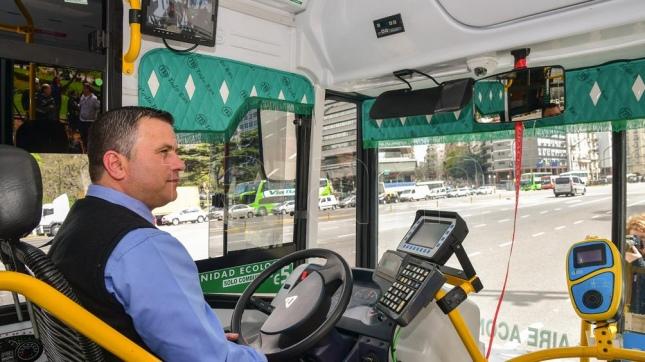 Para 2018 los colectivos de la Ciudad tendrán un sistema de videovigilancia y se podrá anticipar el horario de llegada a la parada