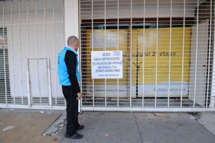 Los vecinos de Mataderos advierten sobre una posible venta encubierta del Cine El plata