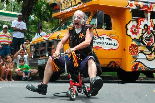 Fin de semana de rock y clown en Parque Avellaneda