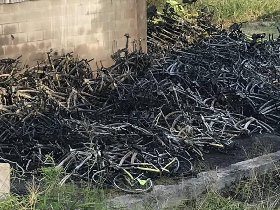Se incendió un depósito de Ecobicis y hay 500 bicicletas quemadas