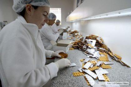 Proponen la creación de un Laboratorio estatal para producir medicamentos en la Ciudad