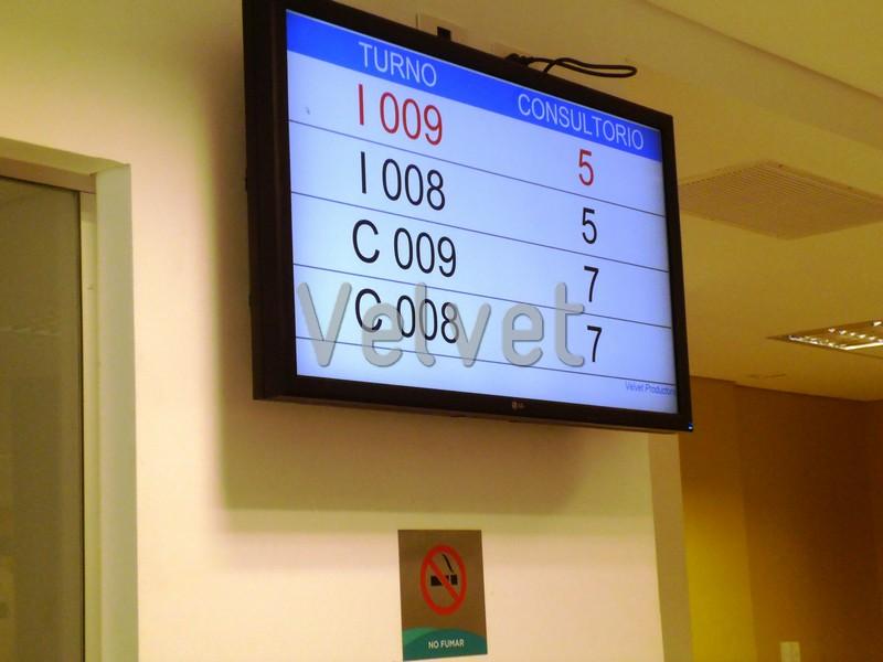 Sospechan que con la digitalización del sistema de turnos en los hospitales porteños, se busca limitar la atención de los pacientes