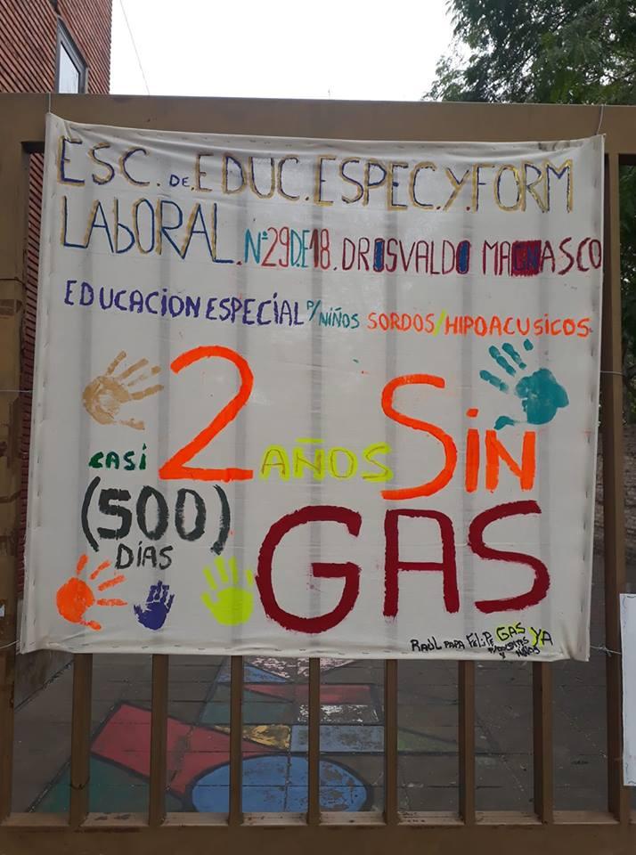 Gracias a la lucha de padres y docentes, volvió el gas a las Escuelas Especiales Nº 27 y Nº 29 de Monte Castro