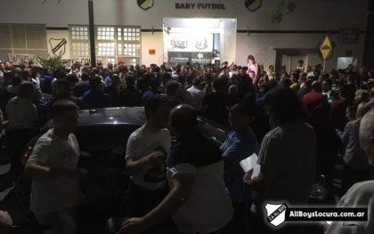 Todos por All Boys | Socios y vecinos de Floresta se manifestaron en rechazo a la clausura del estadio