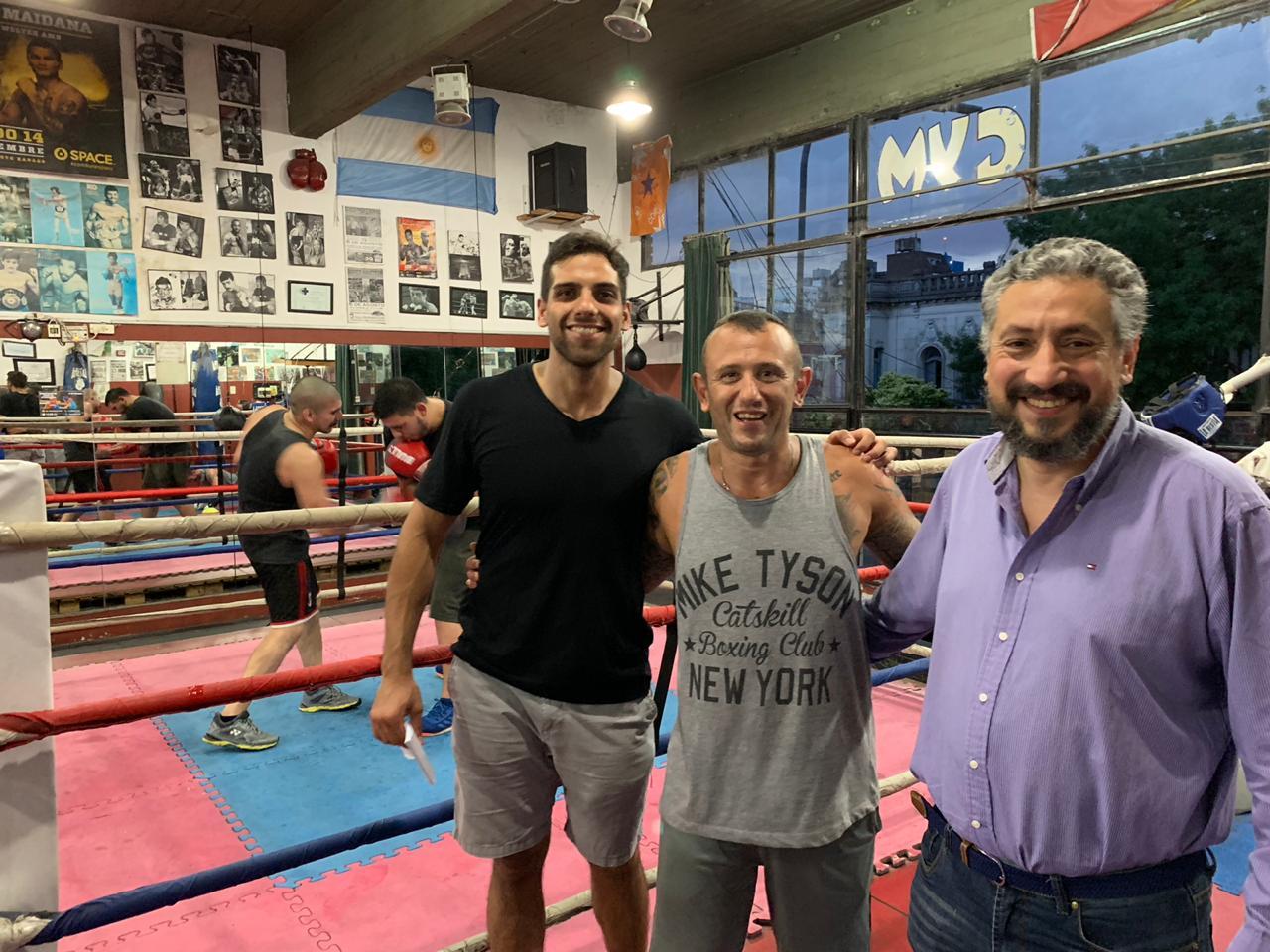 El CESBA recorrió la Comuna 10 y ofreció su colaboración a la Liga Metropolitana de Boxeo