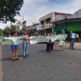 En Monte Castro realizarán protestas todas los días hasta que Edesur solucione el problema de los cortes de energía