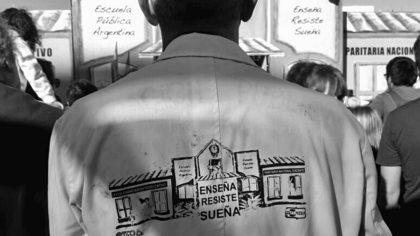 Realizan un festival en la Plaza Monte Castro para festejar que el IFTS 16 se queda en la Comuna | El gobierno quería trasladarlo a Mataderos