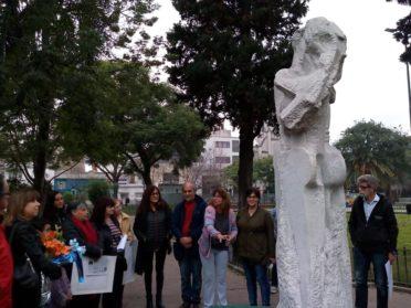 A un año de su muerte, artistas plásticos de la Comuna 10 homenajearon al Maestro Antonio Pujía