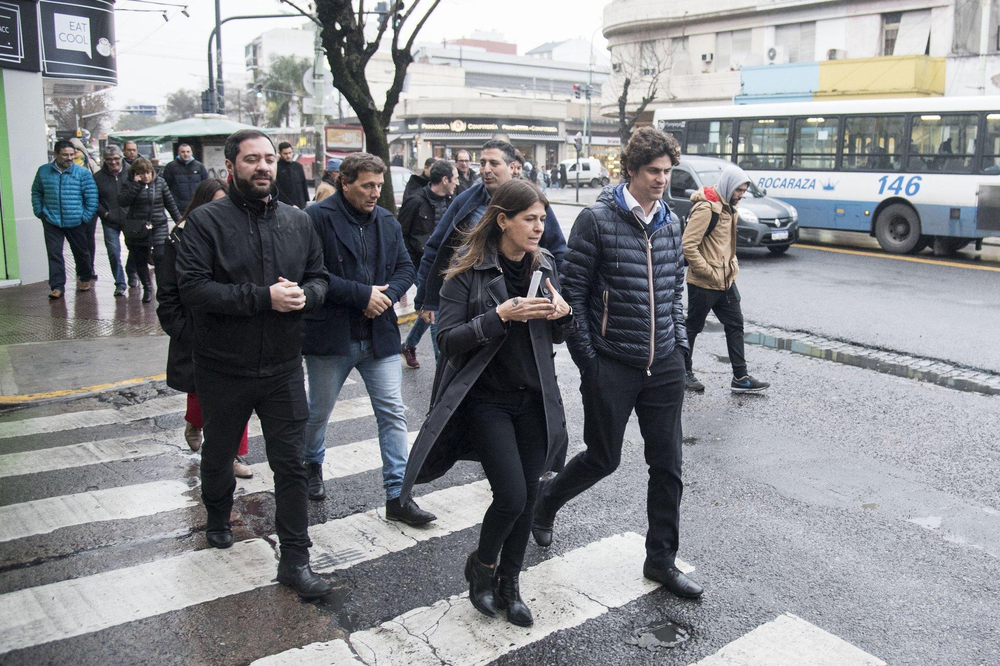 A dos semanas de las PASO, distintos candidatos de la Ciudad caminaron la Comuna 10