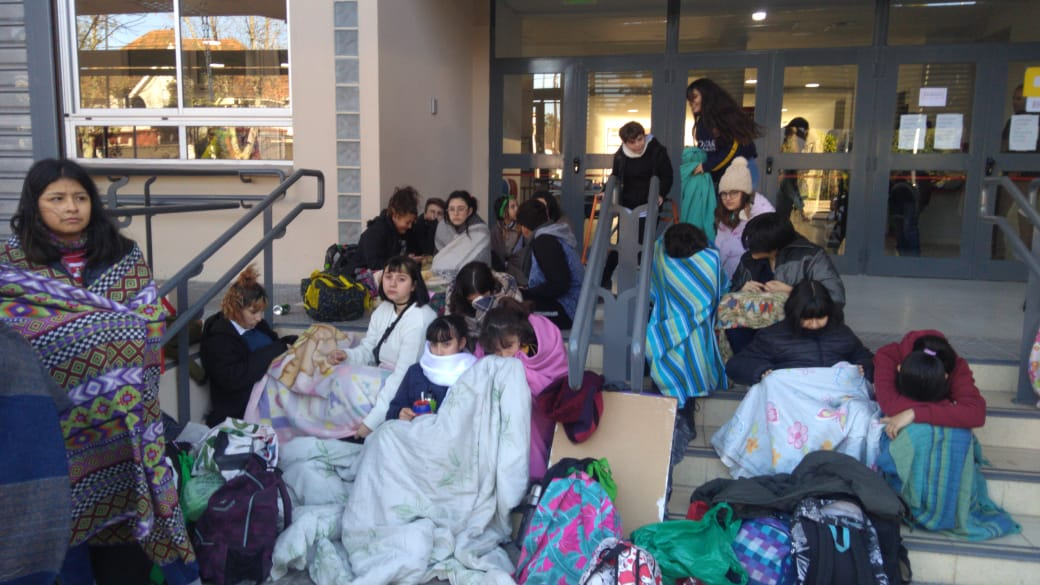 Con frío no se puede estudiar | La Escuela Rogelio Yrurtia suspendió las clases por cortes de luz y falta de gas