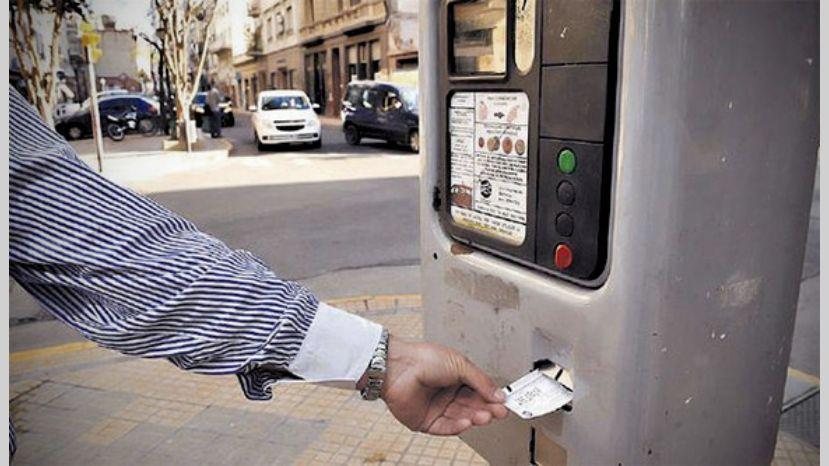 """""""Casi el 50% de la Ciudad va a tener que pagar para poder estacionar""""   El ENTE Regulador de los Servicios Públicos analiza el Estacionamiento tarifado"""