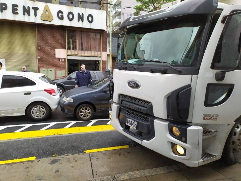 Fuerte rechazo a la Ciclovía en Cesar Díaz   Una prueba piloto que no convence ni a vecinos ni a ciclistas