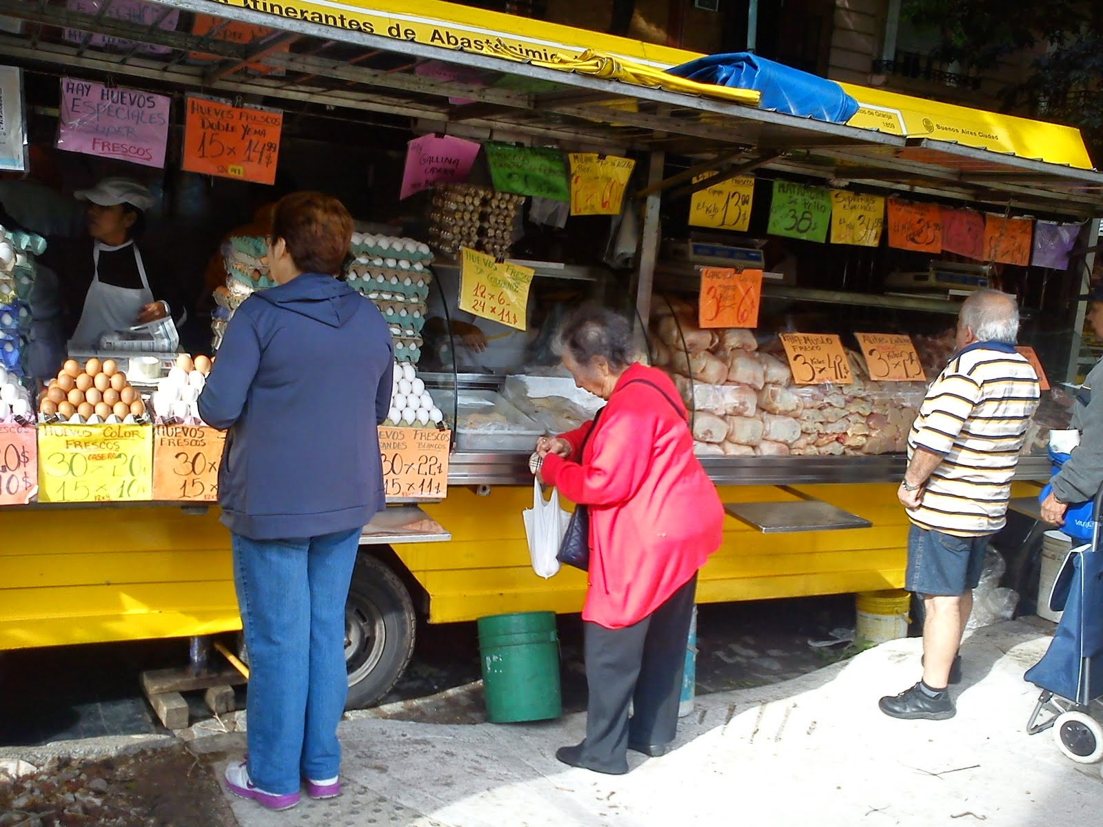 Se terminó el descuento del 50% en las Ferias Barriales de la Ciudad   Preocupación en comerciantes y en clientes