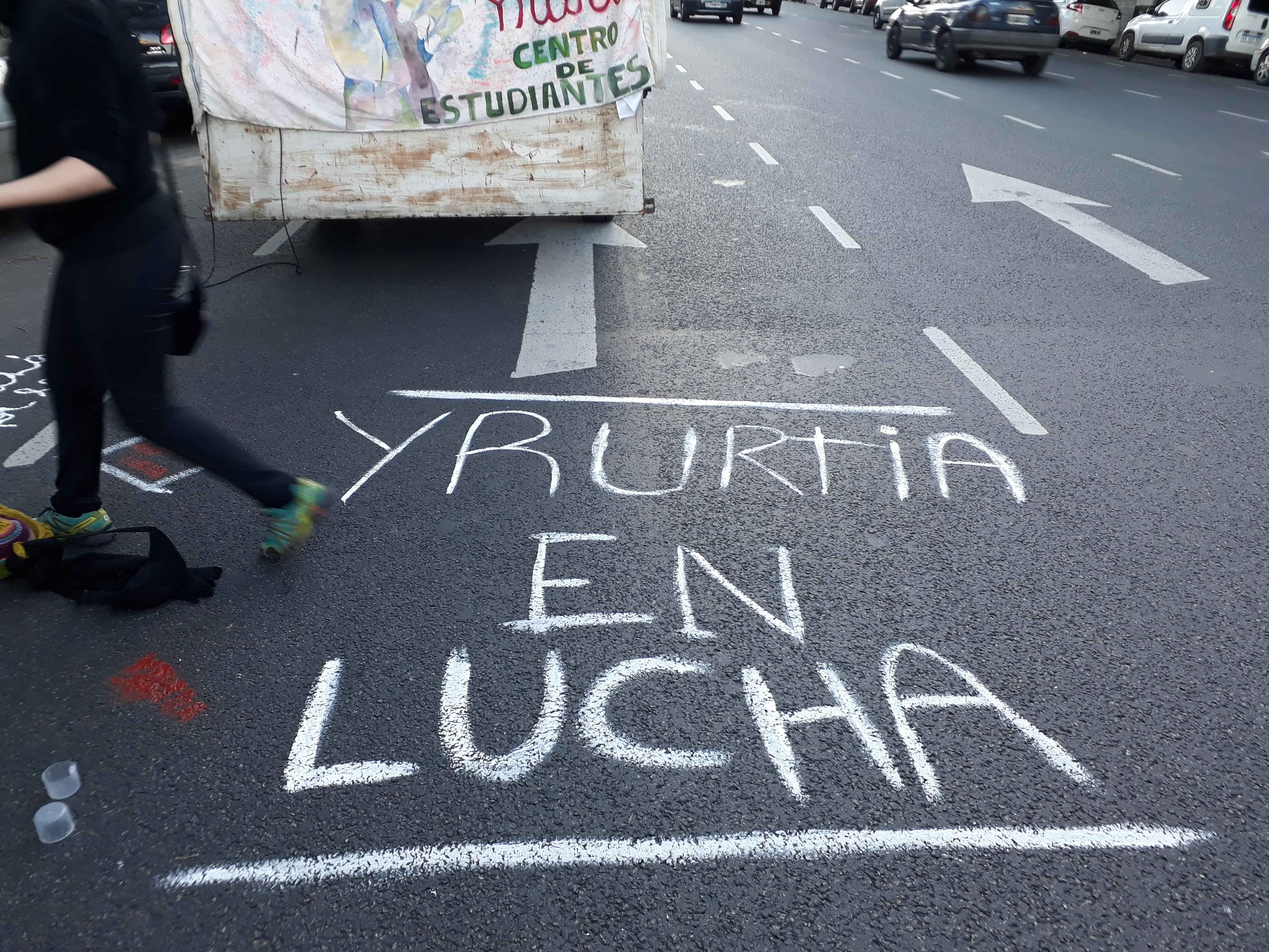 Otra injustica contra el Yrurtia | La secundaria necesita vacantes pero el gobierno quiere imponer una escuela primaria en el nuevo edificio