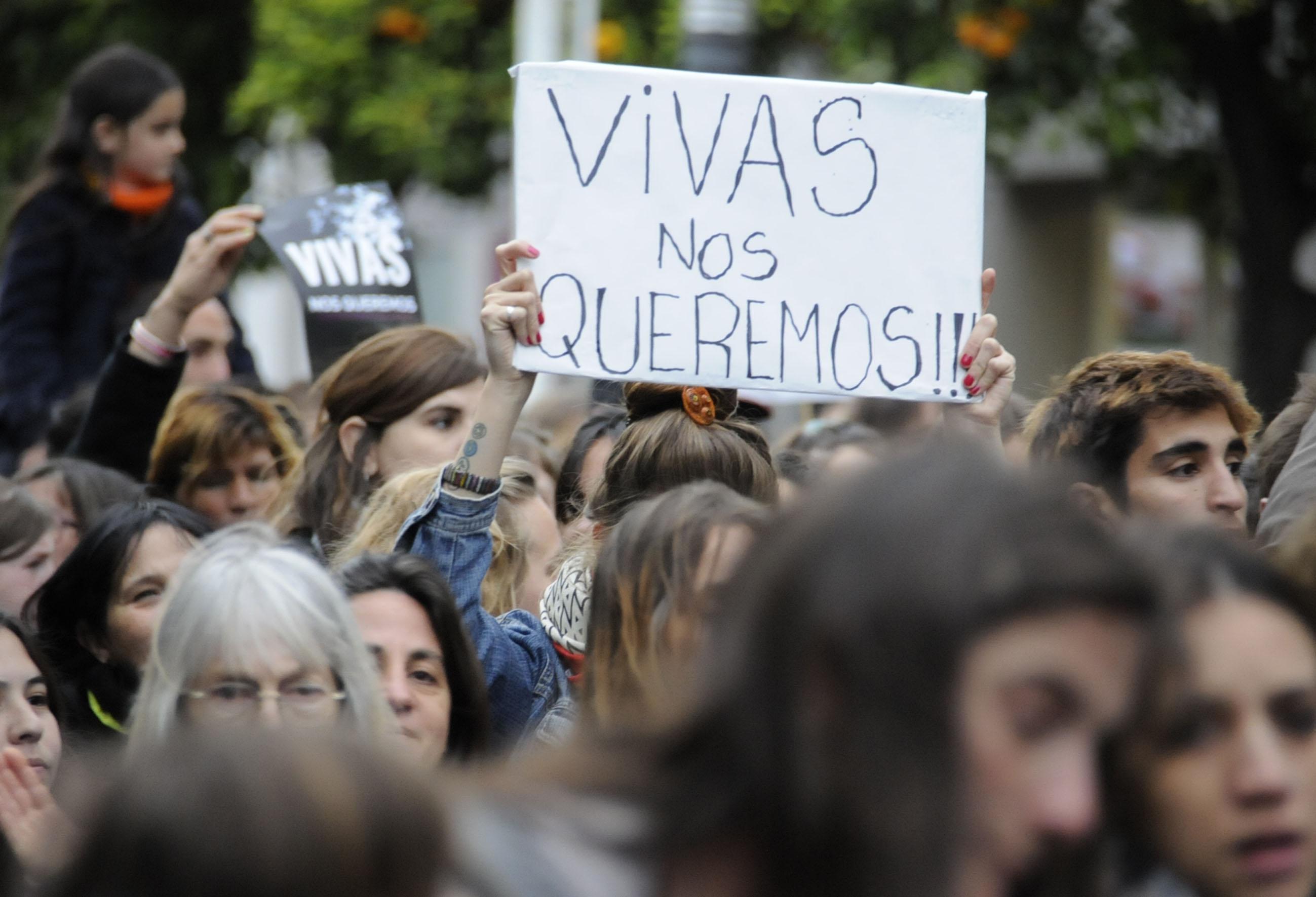 Los femicidios no están de cuarentena   Refuerzan las medidas para mujeres que sufren violencia de género en el hogar