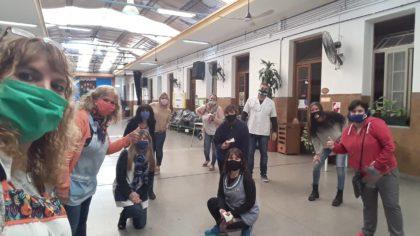 Cooperar, una tarea comunitaria | Colecta de ropa y alimentos en la Escuela Monte Castro