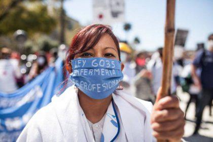 Fuerte acatamiento al paro de enfermeros en el Cesac 36 y el Hospital Vélez Sarsfield