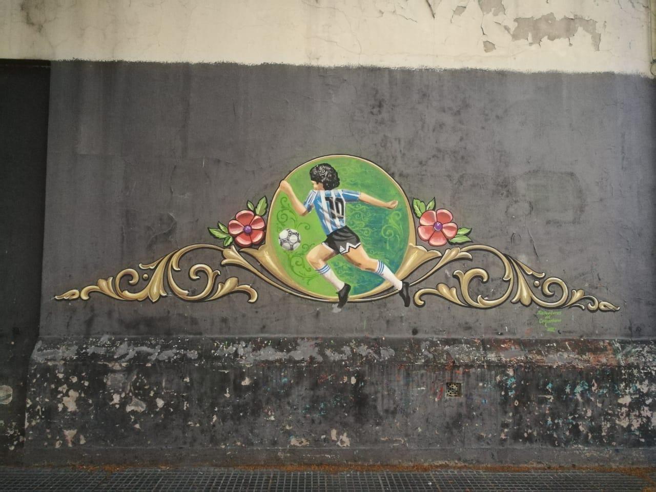 Adiós a Dios | Mural homenaje a Maradona en Monte Castro