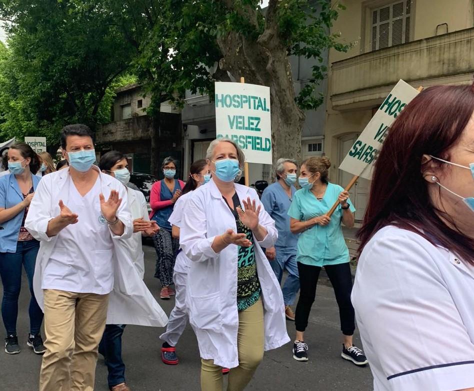 Paro en el Hospital Vélez Sársfield | «Pedimos un reconocimiento por el esfuerzo realizado»