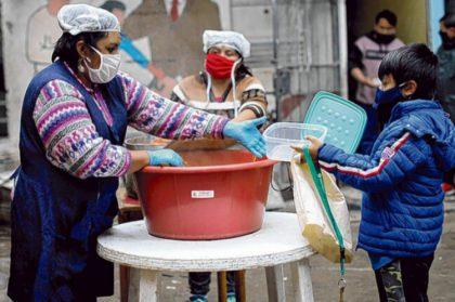 Solicitan la inclusión de trabajadores de comedores y merenderos de la Ciudad en el Plan de Vacunación