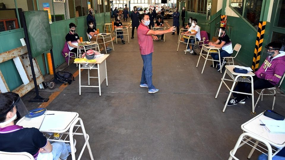 Falleció por Covid un docente de la Escuela Técnica 35 «Eduardo Latzina»
