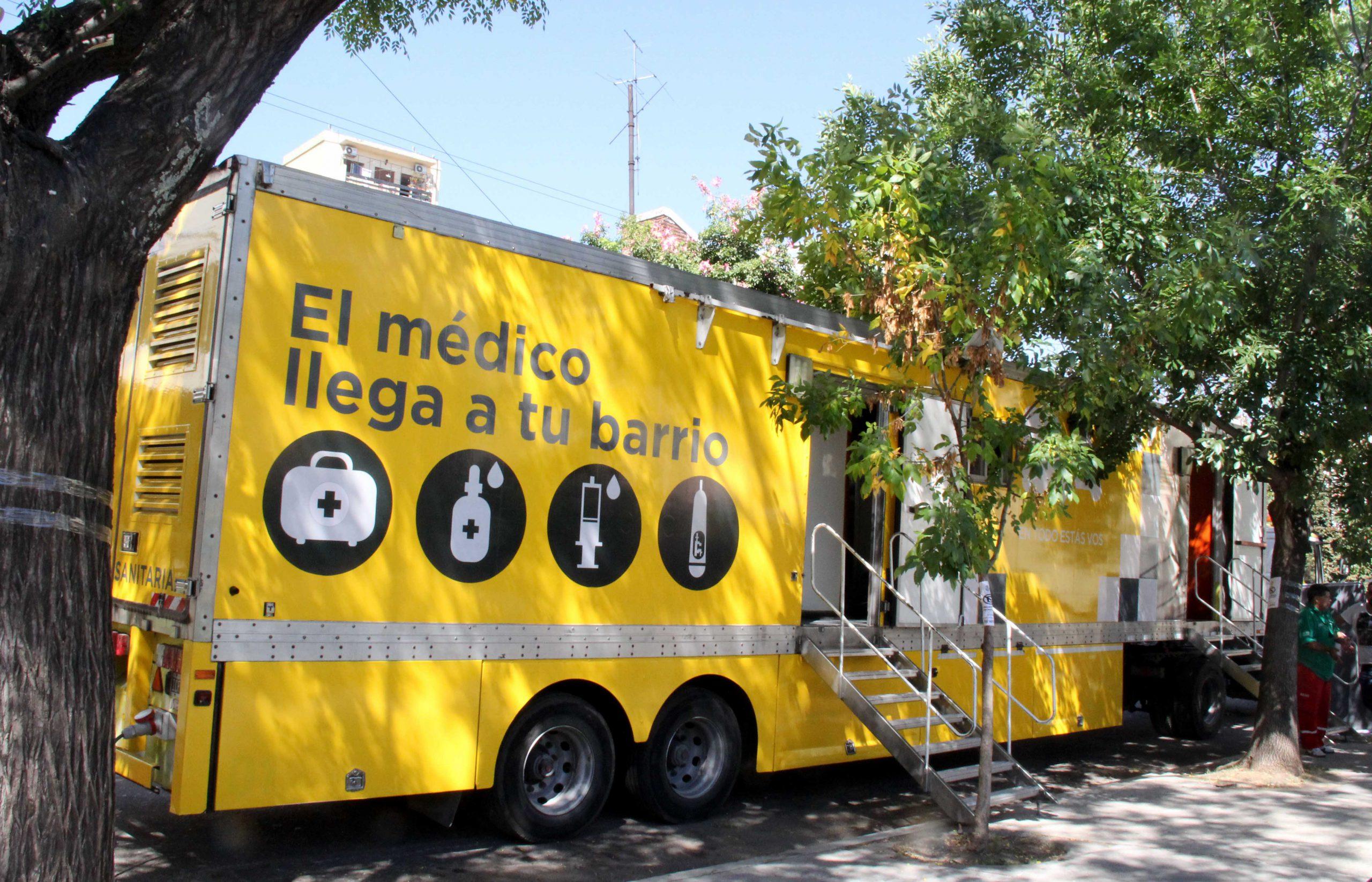 Covid: Realizan testeo rápido en Plaza Vélez Sarsfield   Está destinado a personas de riesgo