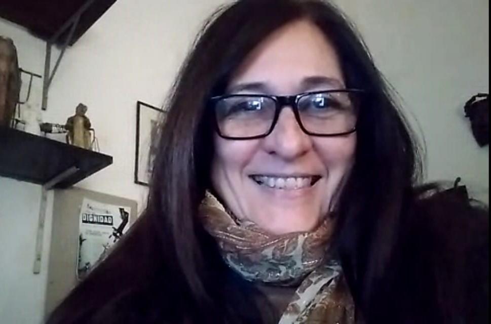 La batalla cultural a través del arte | Entrevista con la escultora de Floresta María Claudia Martínez