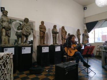 Una artista, un barrio, una obra | Se presentó Mujeres de Floresta, libro que reúne las esculturas de María Claudia Martínez
